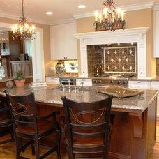 Traditional Kitchen by Martha O'Hara Interiors