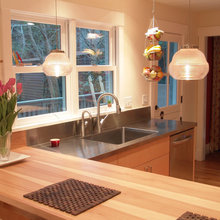 Kitchen Layout: How Peninsula Trumps Over an Island