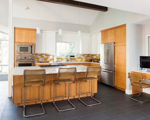 k che mit k chenr ckwand in gelb und quarzit arbeitsplatte ideen bilder. Black Bedroom Furniture Sets. Home Design Ideas