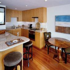 Modern Kitchen by BeautifulRemodel.com