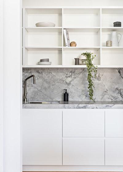 Contemporary Kitchen by Renotech Building Pty Ltd