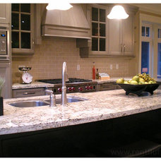 Traditional Kitchen by Space Harmony