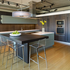 Contemporary Kitchen by Vesel Contemporary Kitchens