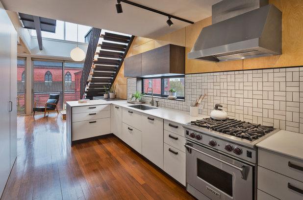 Industrial Kitchen by Lynn Gaffney Architect, PLLC