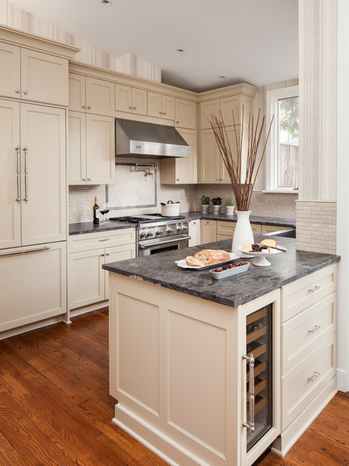Black granite with cream cabinets houzz - Black granite countertops with cream cabinets ...