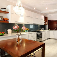 Contemporary Kitchen by One Design Interior Collective