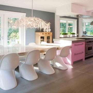 DUTCH Kitchens: TRANSITIONAL style