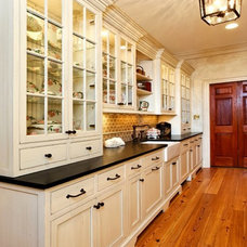 Traditional Kitchen by Kleppinger Design Group, Inc.