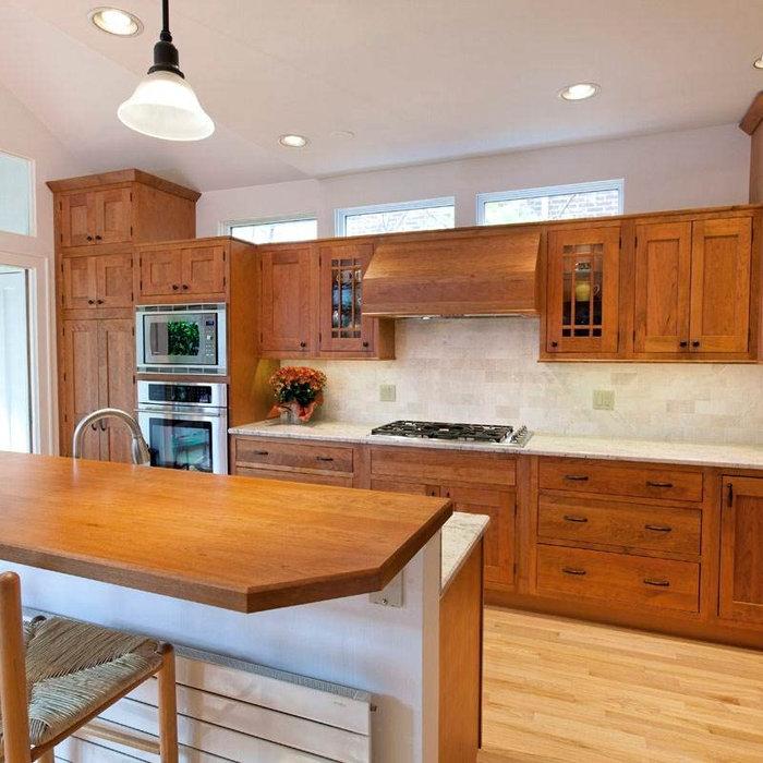 Kitchen - kitchen idea in Chicago