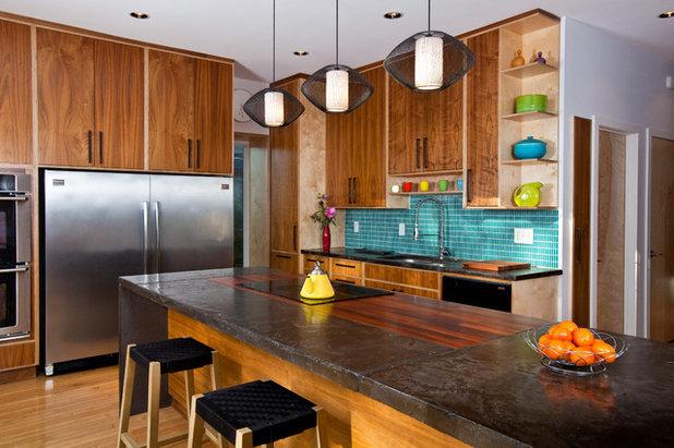 Contemporary Kitchen by Studio Build