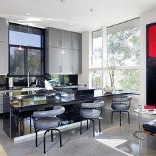 Modern Kitchen by Clayton&Little Architects