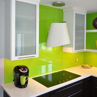 E.S. modern kitchen