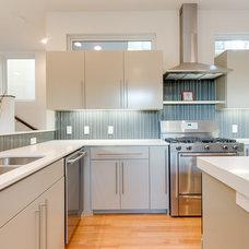 Contemporary Kitchen by Durham Builders