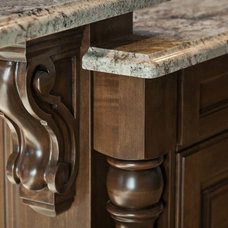 Traditional  by Cameo Homes Inc.