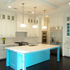 traditional kitchen by Robert Sanders Homes