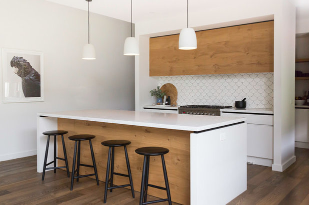Contemporary Kitchen by Hart Builders Pty Ltd