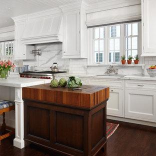Kitchen - traditional kitchen idea in Denver