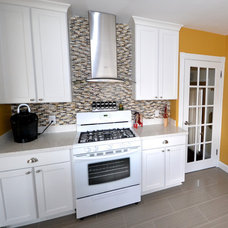 Traditional Kitchen by PHB Construction LLC