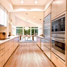 Contemporary Kitchen by Hampton Design