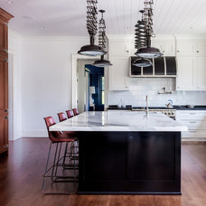 Beach Style Kitchen by Remodeling Specialists Inc.