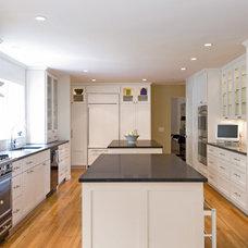 Traditional Kitchen by Hampton Design