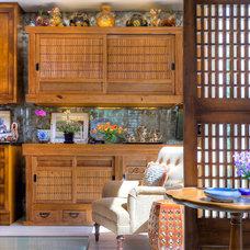 Asian Kitchen by Slesinski Design Group, Inc.