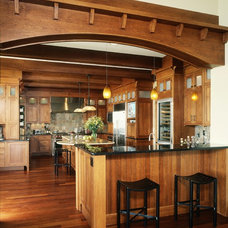 Traditional Kitchen by B&B Custom Builders