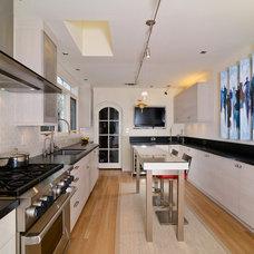 Modern Kitchen by Katrina Stumbos Interior Design