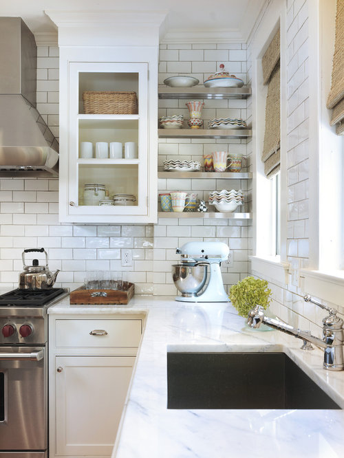 White subway tile backsplash home design ideas pictures for Kitchen backsplash images on houzz