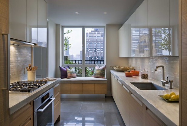 Contemporary Kitchen EAST SIDE RESIDENCE