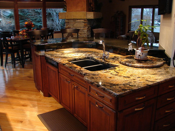 Traditional Kitchen by Castle Kitchens and Interiors