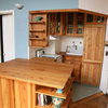 This Compact, 40-Sq-Ft Kitchen Packs in Lots of Storage