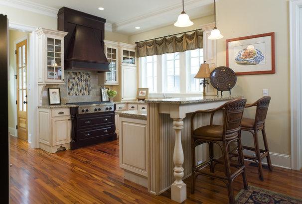 Traditional Kitchen by WaterMark Coastal Homes, LLC