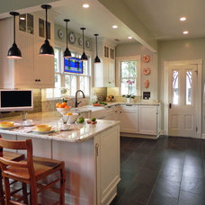 Farmhouse Kitchen by Tina Colebrook Architect