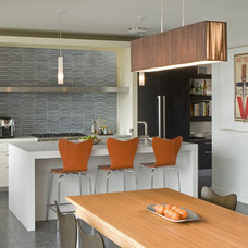 Midcentury Kitchen by John Lum Architecture, Inc. AIA