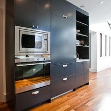 Eclectic Kitchen by BiglarKinyan Design Planning Inc.