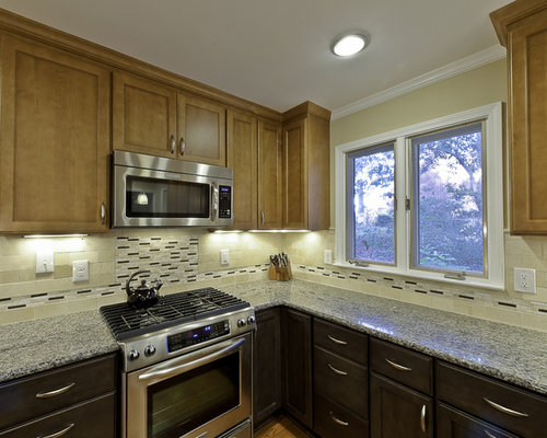 Small Eclectic U Shaped Medium Tone Wood Floor Eat In Kitchen Photo In Other