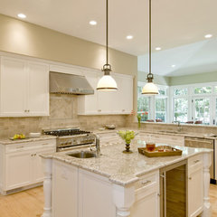 eclectic kitchen by Metropolitan Cabinets & Countertops