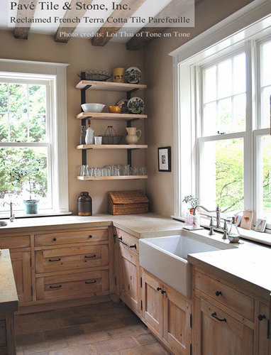 French country farmhouse kitchen ideas pictures remodel for Country living 500 kitchen ideas