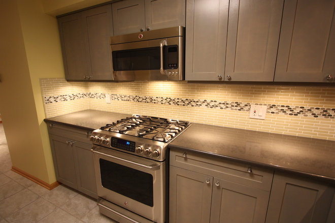 Eclectic Kitchen by Design Build 4U Chicago