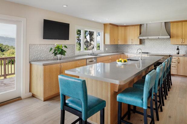 Contemporary Kitchen by Milima Design