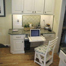 Eclectic Kitchen by Woodmaster Kitchens