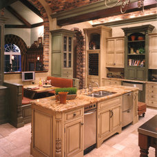 Mediterranean Kitchen by Terry L Irwin Architects