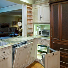 Eclectic Kitchen by Kitchen & Bath Concepts of Pittsburgh