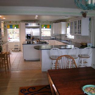 Eclectic Wallpaper Kitchen