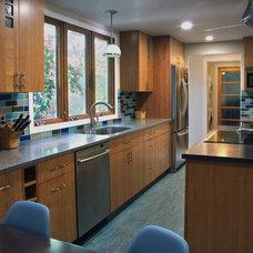 Modern Kitchen by alterego