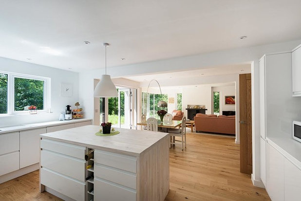 Contemporary Kitchen by Brian Ormerod Photographer