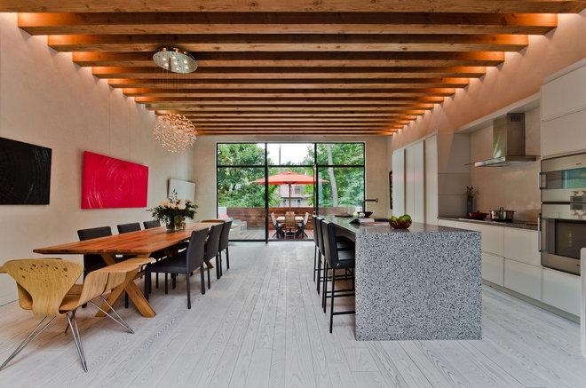 Contemporary Kitchen by Alexandre Parent