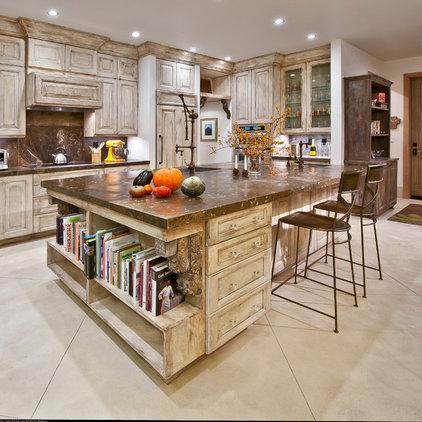 Mediterranean Kitchen by Silver Lining Builders
