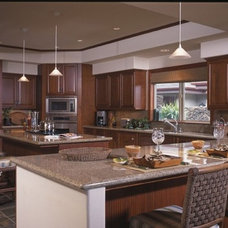 Traditional Kitchen by EDBA HOME RESOURCE